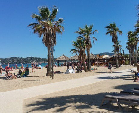 plage camping port grimaud